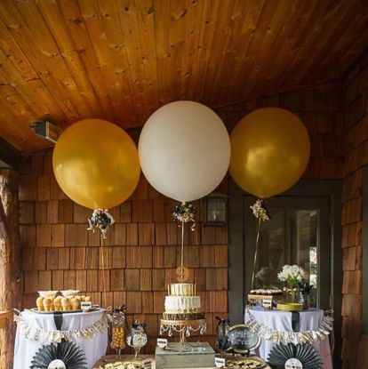 Picture of Giant silver gold quality balloons 36""