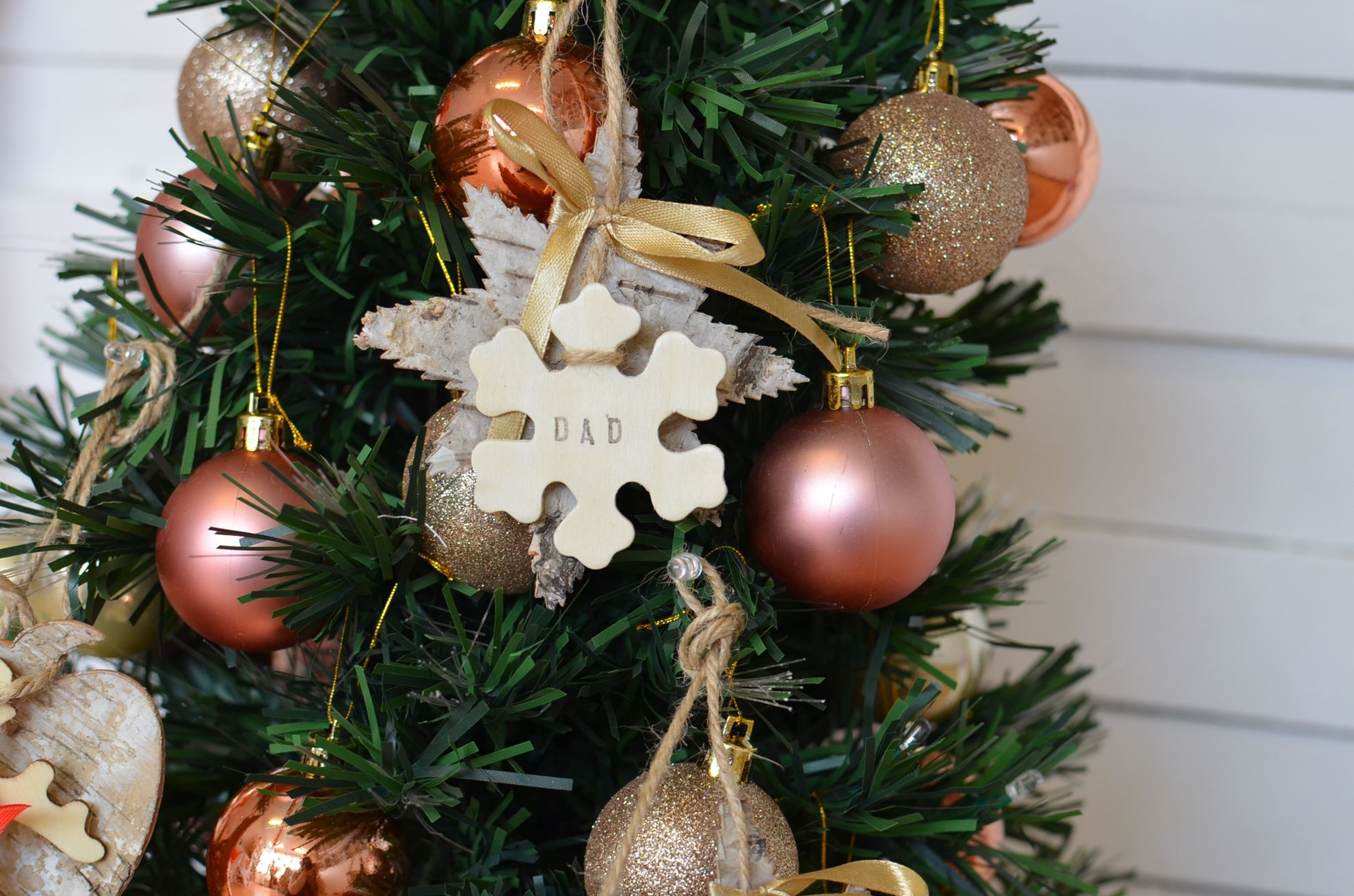 Personalized Christmas Decor.Personalized Christmas Tree Hanging Decorations Wooden Craft Snowflake
