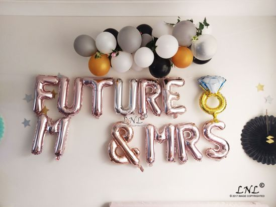 Picture of FUTURE M & MRS Balloons Ring Rose Gold Silver Letter Balloons