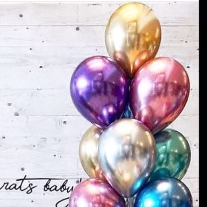 """Picture of Chrome Balloons up to 11"""" Engaged Wedding Photography"""