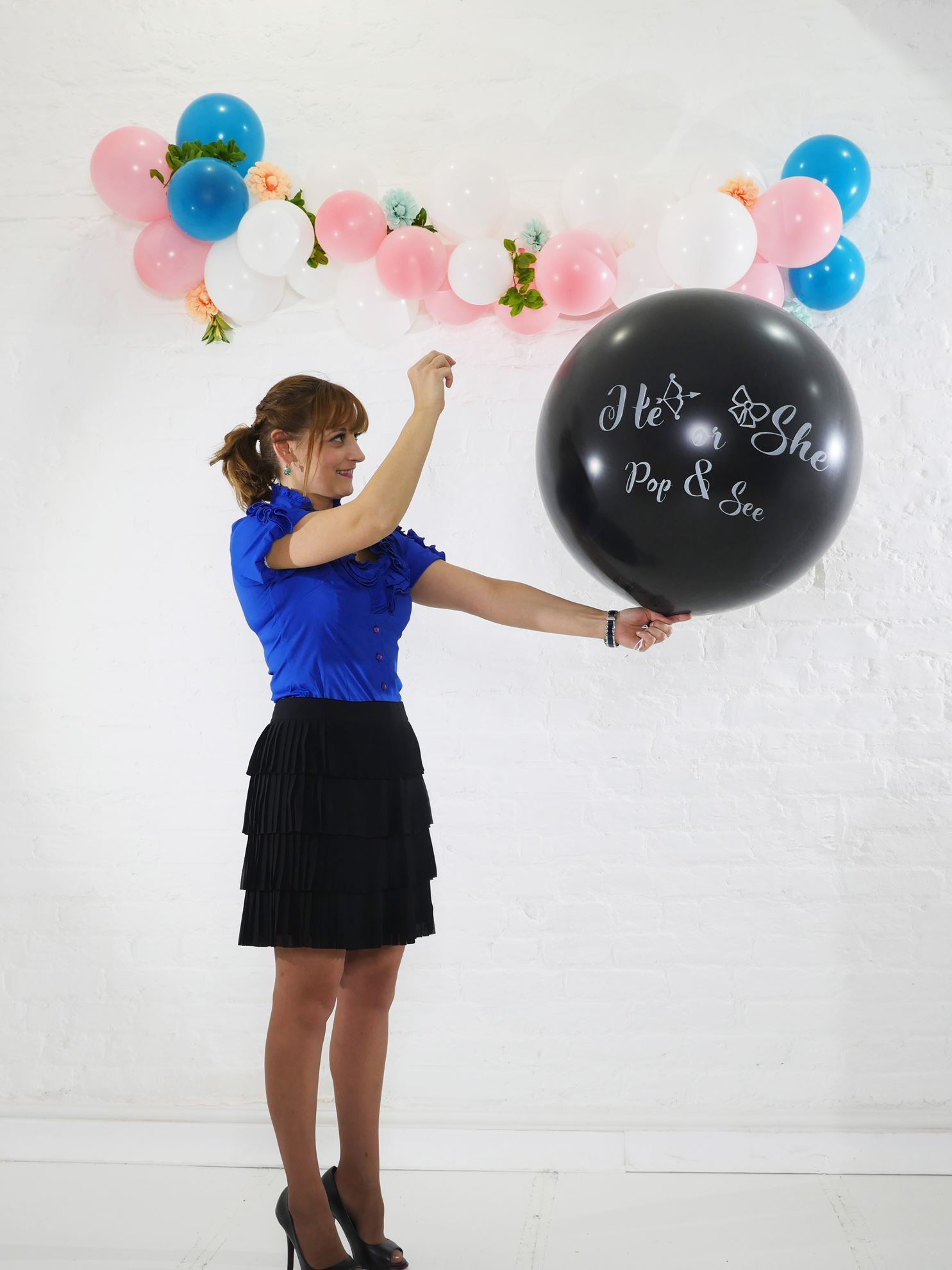 Outofmybubble He Or She Gender Reveal Balloon Confetti