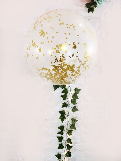 """Picture of Confetti Balloons Gold Metallic 36"""" Ivy Tail"""