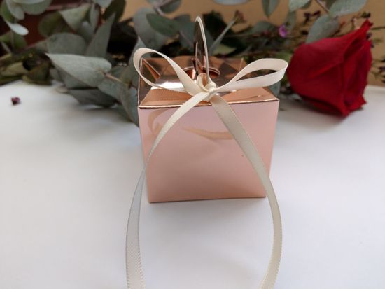 Picture of Rose Gold Wedding Favor Boxes 10 Cream Ribbon