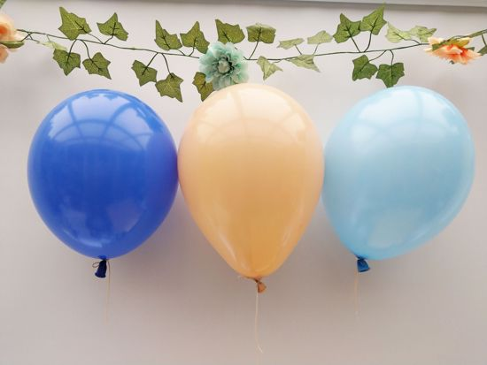 Picture of Royal Blue Blush Balloons Bouquet