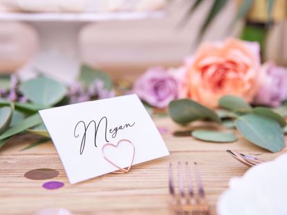 Picture of ROSE GOLD PLACE CARD HOLDER WEDDING DECORATIONS - HEARTS