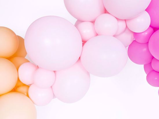 Picture of VERY PASTEL BALLOON ARCH GARLAND