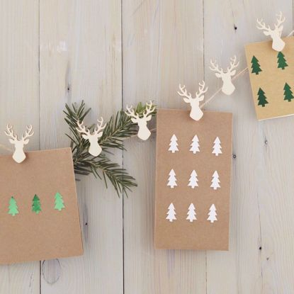 Picture of Wooden Stag Shaped Peg Card Holder Kit