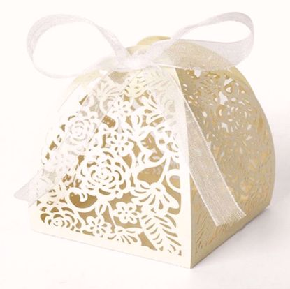 Picture of 50 Ivory Laser Cut Favor Box