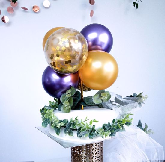 Picture of GOLD AND CHROME PURPLE CAKE TOPPER MINI GARLAND